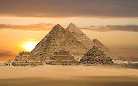 The pyramids of Giza Hamitic Architecture and Symbol